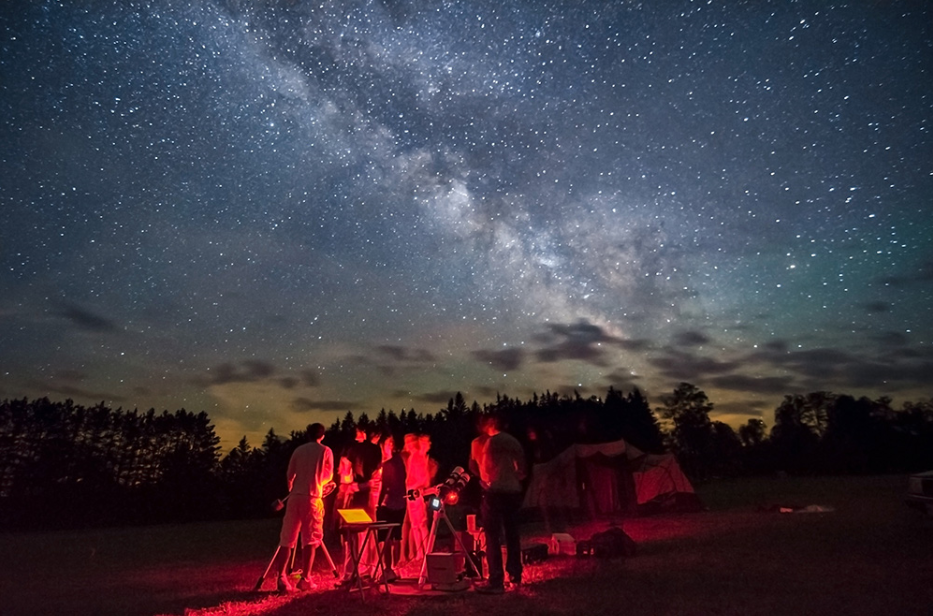 people watching starry night sky Photo by Curt Weinhold PA Wilds