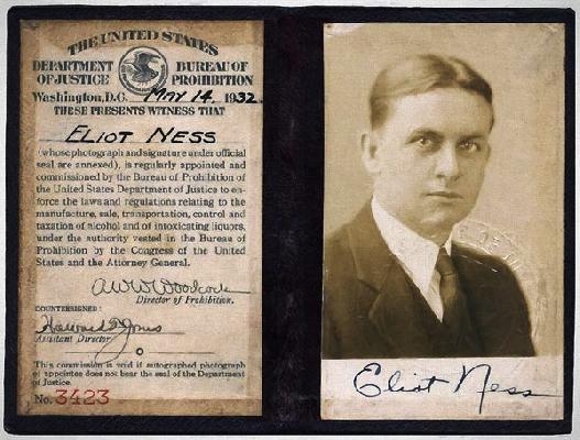Eliot Ness badge